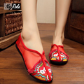 Sexy red Lace dance shoes women chinese Embroidery shoes ladies crystal zapatos mujer flat shoes loafers walking shoes sandals
