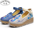 Bordado de la vendimia de Las Mujeres Bombas Blue Bird Floral Algodón de Lino Ocasional Tobillo Hebillas Mujer Lona Plataformas Zapatos Chaussure Femme