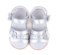 Baby Soft Leather Sandals Velcro Strap Open Toe Girls Sandals With Flowers New Silver Goodfor Christenning