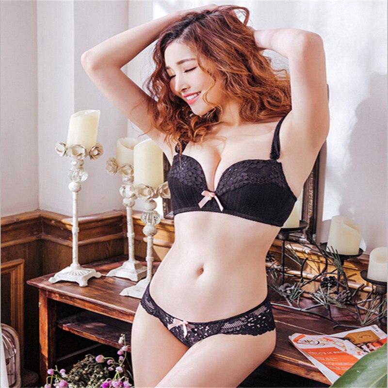 aee73be3ad Seamless bra Fashion Comfortable No steel ring Gather on thin under  Detachable double shoulder strap Underwear bra Set