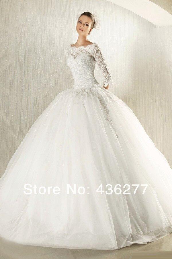 White lace dress puffy
