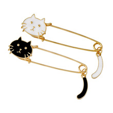 2pcs Gold Tone Kilt Pin Animal Cat Brooches Large Safety Brooch Denim coat Lapel Badge Cute Cartoon Jewelry Gift