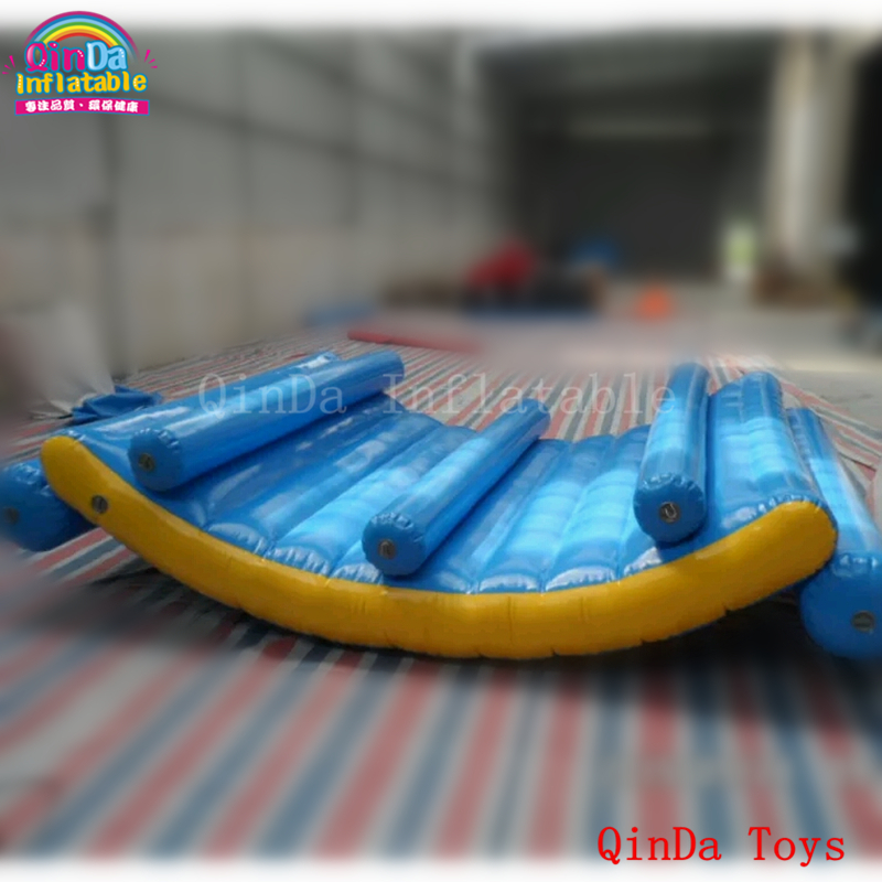 China aqua park toys inflatable floating island ,blue tube water moon boat with free pump