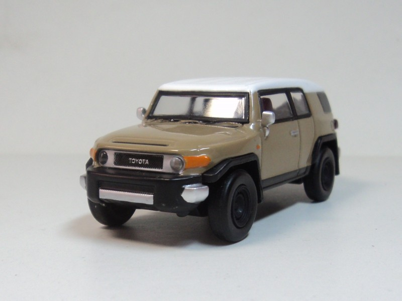 Beijing kyosho 1:64 Toyota FJ Cruiser TOYOTA FJ cool highway automobile mannequin choice