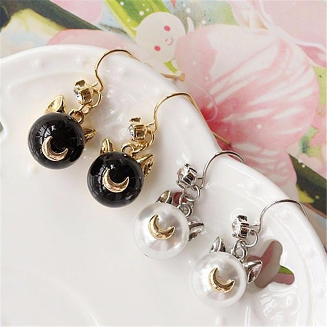 Sailor Moon Luna Artemis Pearl Earrings