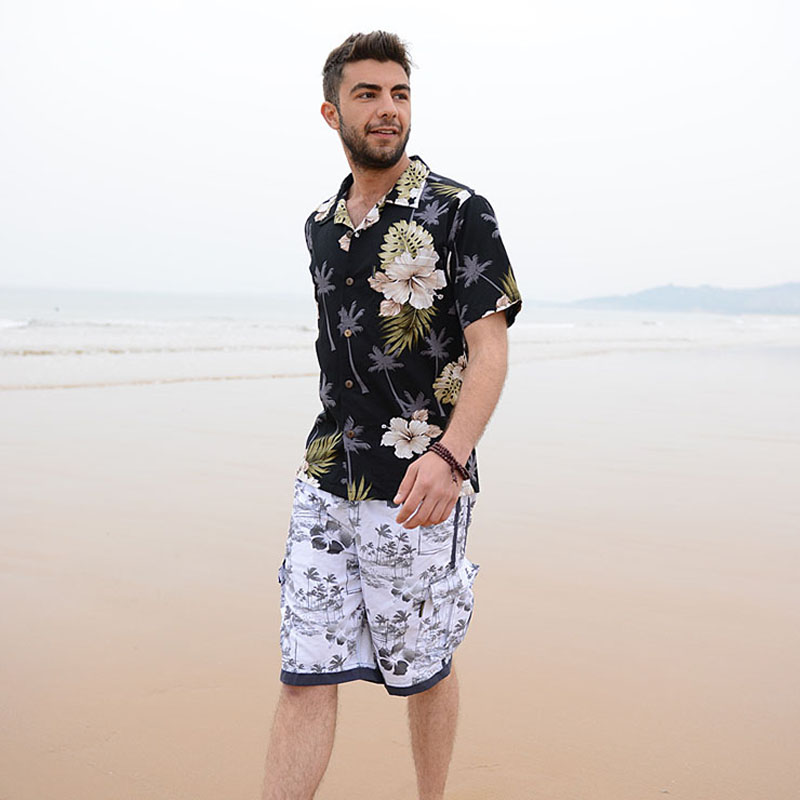 7f4ff250a04 2018 Summer Travel Holiday Men Short Sleeves Floral Printed Shirts Cotton  Plus Size Loose Casual Shirts Hawaii Shirt Tops D087-in Casual Shirts from  Men s ...