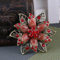 Vintage Brooches Ancient Gold Plated Resin Brooch Red Rhinestone Flower For Wedding Bridal Collar Clip Scarf Buckle Hijab Pins
