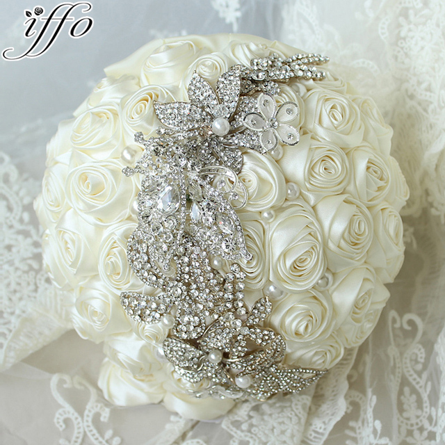 10 inch ivory roses wedding bouquet simple stylish brooch bridal