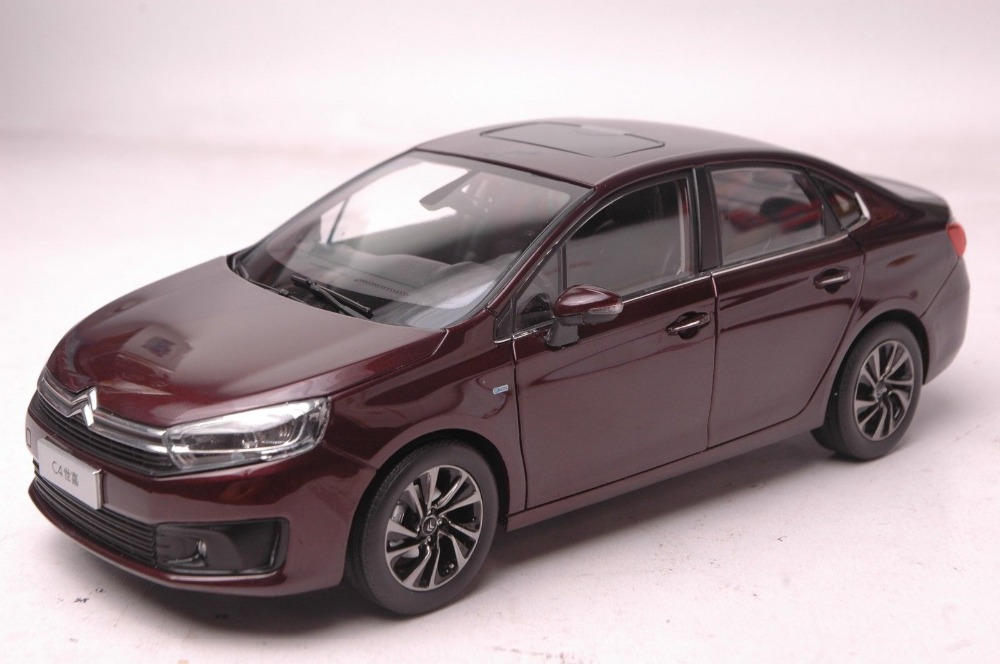 1:18 Diecast Model for Citroen C4 2016 Red Sedan Alloy Toy Car Collection Gifts C3 XR C3XR 1 18 original lp770 4 car model alloy metal diecast children toys gifts collections red and black