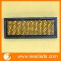 Производство цена Желтого цвета светодиодный бейдж с аккумулятора мини-светодиодный дисплей