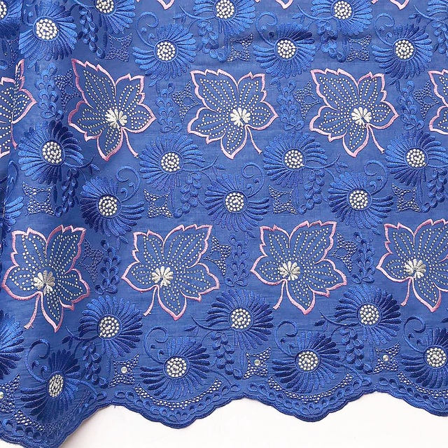 New Latest African Laces 2019 Nigerian Cotton Purple Lace Fabric White Nigeria Bridal Wedding Lace Fabric For Party Dresses