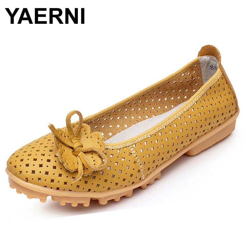 YAERNI Hollow Outs Breathable Summer Shoes Women Flats Genuine Leather Soft Women Loafers Ladies Moccasins Female 2017 BSN-614 цены онлайн