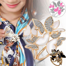 Korean Fashion Wild Butterfly Tricyclic Scarf Buckle Brooch Women's Stewardess Rhinestone Scarf Buckle Jewelry 88  KQS