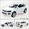 Кэндис го! юйфэн Очень Прикольный 1:36 мини VW Touareg модель сплава автомобиля игрушка подарок на день рождения белый/черный 1 шт.