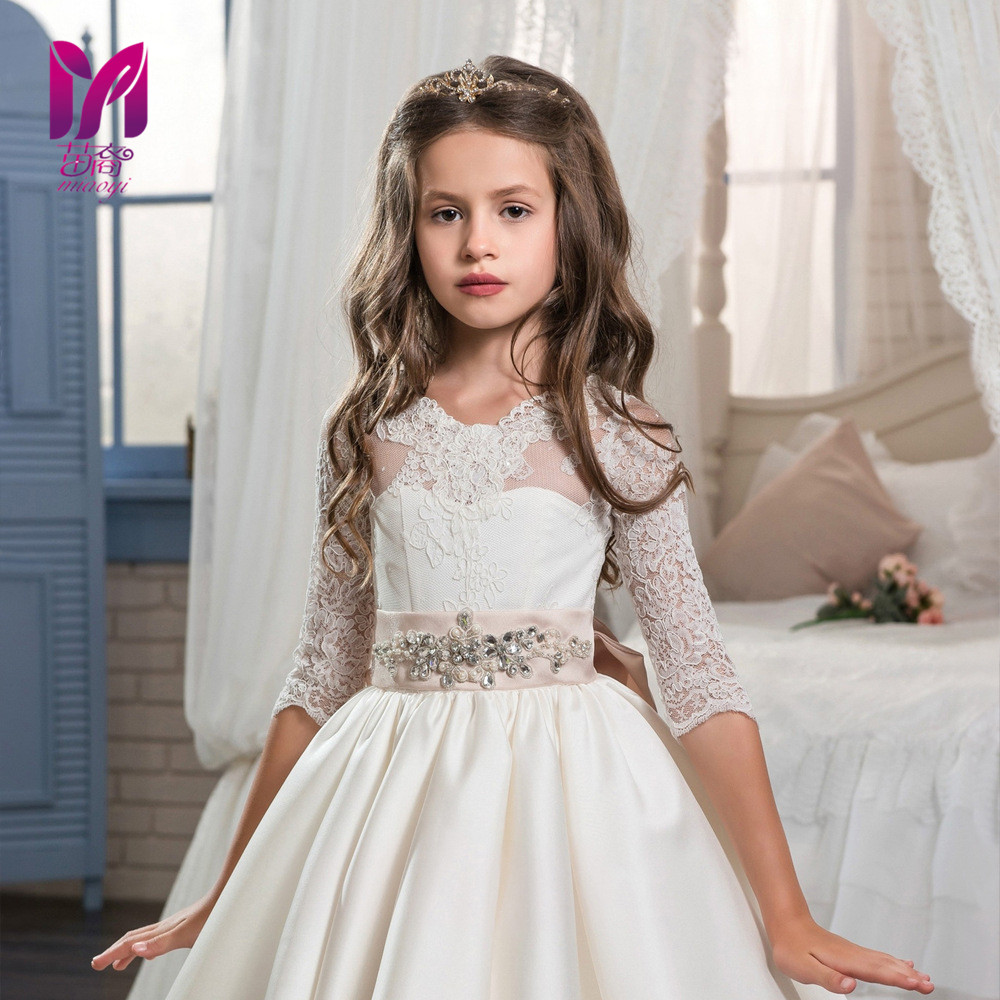 New white love floral dresses lace retro long-sleeved girl Peng Peng flower girl wedding dress купить