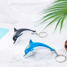 Darmowa wysyłka przez DHL 100 sztuk partia 2019 nowy LED plastikowe Dolphin breloki latarka Dolphin breloki z dźwiękiem tanie tanio moda Breloczki KC782 TRENDY Z tworzywa sztucznego Unisex Marunico Srebrny Ze stopu cynku Zwierząt Zgodna ze wszystkimi