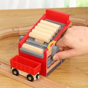 Image 2 - Accessoires de scène de piste en bois Friends, Compatible avec plateforme de voiture ferroviaire, jouet de marque en bois, cadeau pour enfants
