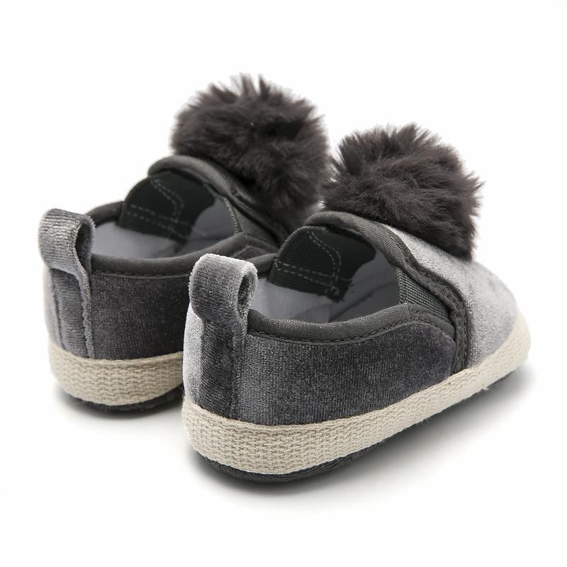 aa82f325c28 Newborn Baby Shoes Grey Pompon Infant Shoe Slip-on Pram Shoes Toddler  Moccasins Baby Loafers Chaussure Fille Baby Schoenen 0-18M