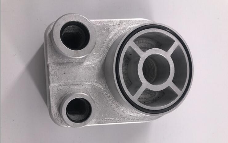 Refroidisseur dhuile moteur pour Renault Clio MK2 1.5dCi (1998-2015)Refroidisseur dhuile moteur pour Renault Clio MK2 1.5dCi (1998-2015)