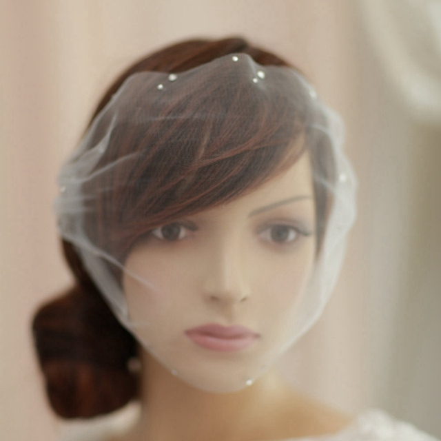 Romantic Ivory Tulle Birdcage Bridal Veil Crystals Short Wedding Veil With Comb Accessories Bridal Veil Party Accessories 2017