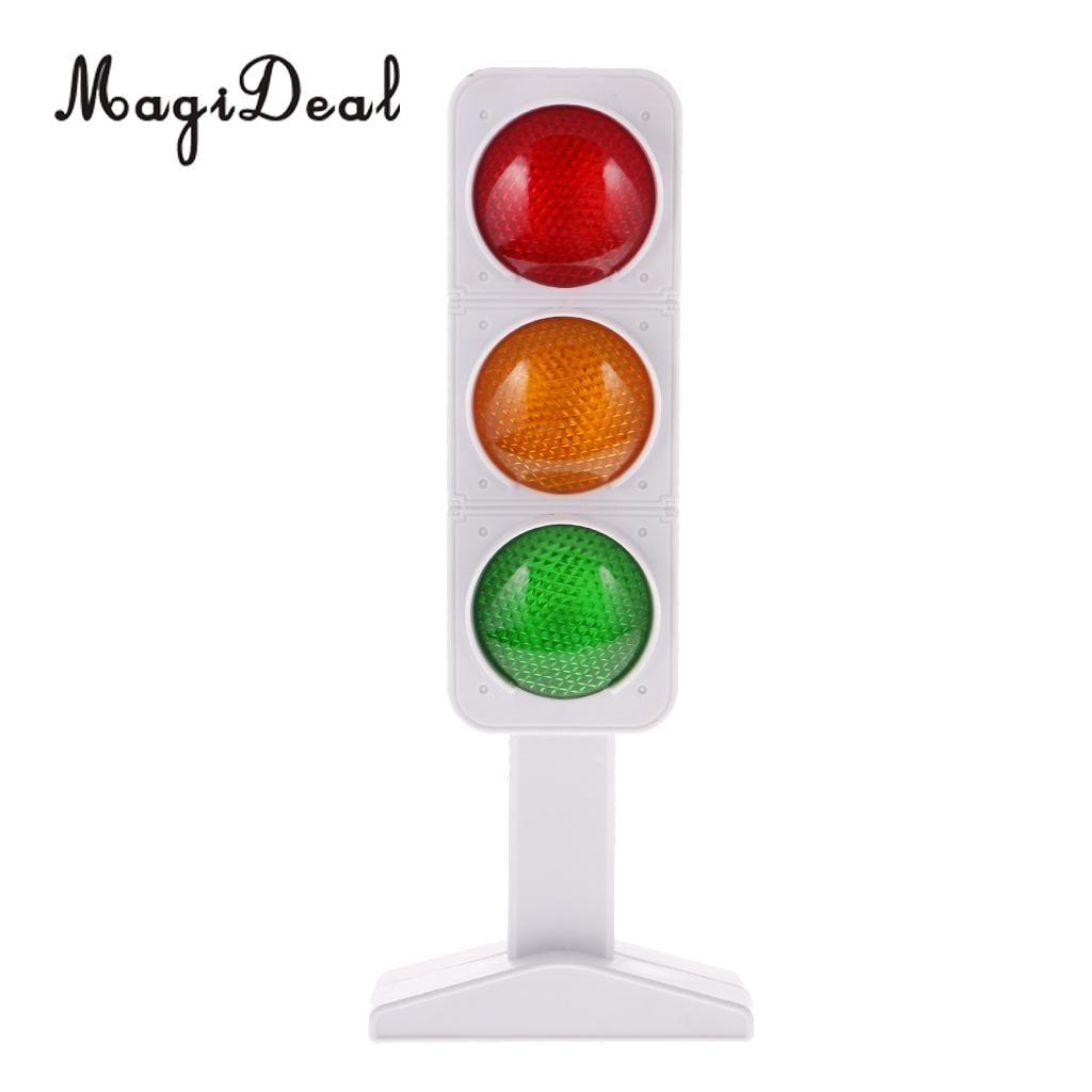 MagiDeal Plastic Road Traffic Light Model Miniature Children Game Play Fun Toy For Train Railway Railroad Model Building 25CM
