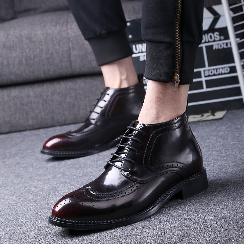mens casual wedding party dresses breathable soft leather brogue shoes carving bullock oxfords shoe pointed toe ankle boots malemens casual wedding party dresses breathable soft leather brogue shoes carving bullock oxfords shoe pointed toe ankle boots male