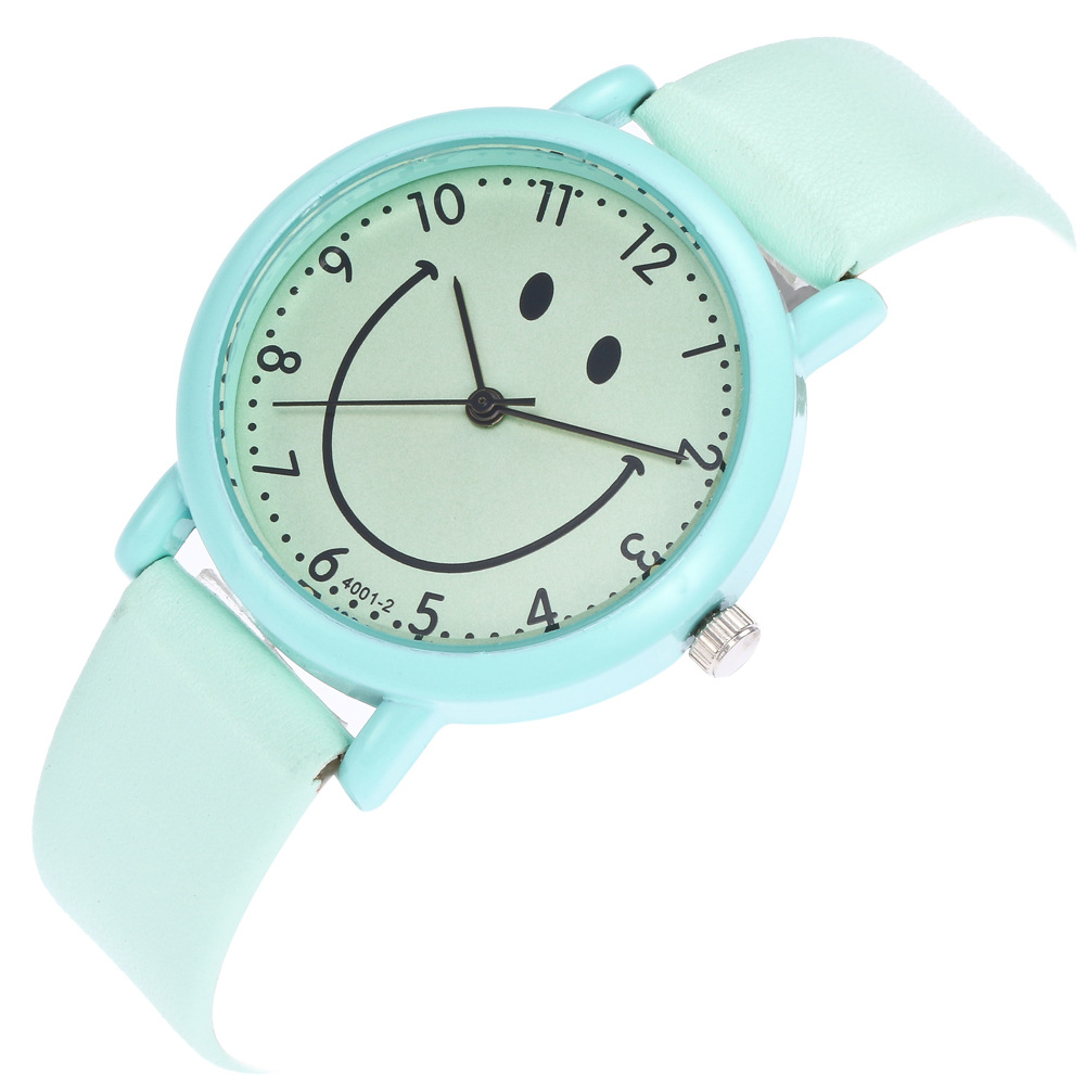 Cartoon Smiley Pattern Relogio Digital Scale Alloy Dial Green Leather Strap Ladies Couple Simple Quartz Watch Women Watches C957