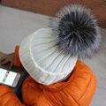100% Натуральный Мех помпонами Мяч Дети Зима Теплая Silver Fox Меховой шляпы Для Новорожденных Девочек Мальчиков Шапочки Шапка Крючком Детей, Трикотажные Головные Уборы
