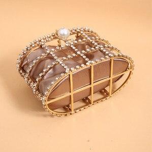 Image 4 - Bolso de mujer de diamantes de lujo, bolso de mano de noche de diseño a la moda, bolso con perlas, bolso con asa de calidad, bolso de fiesta con forma de jaula