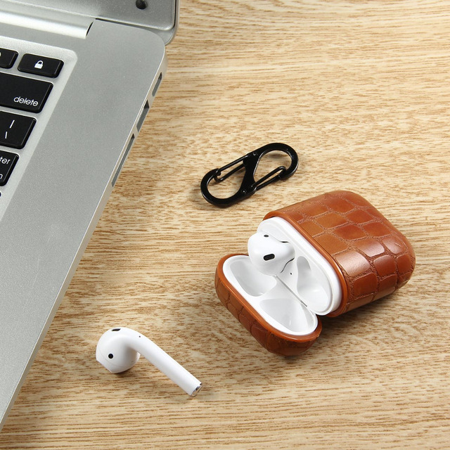 21 Stylish Leather AirPod Case Cover 4