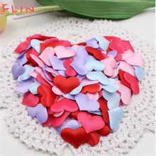 100pcs Sponge Satin Fabric Heart Wreaths Petals Valentine Table Bed Artificial Flower Wedding Decoration Love Event Party