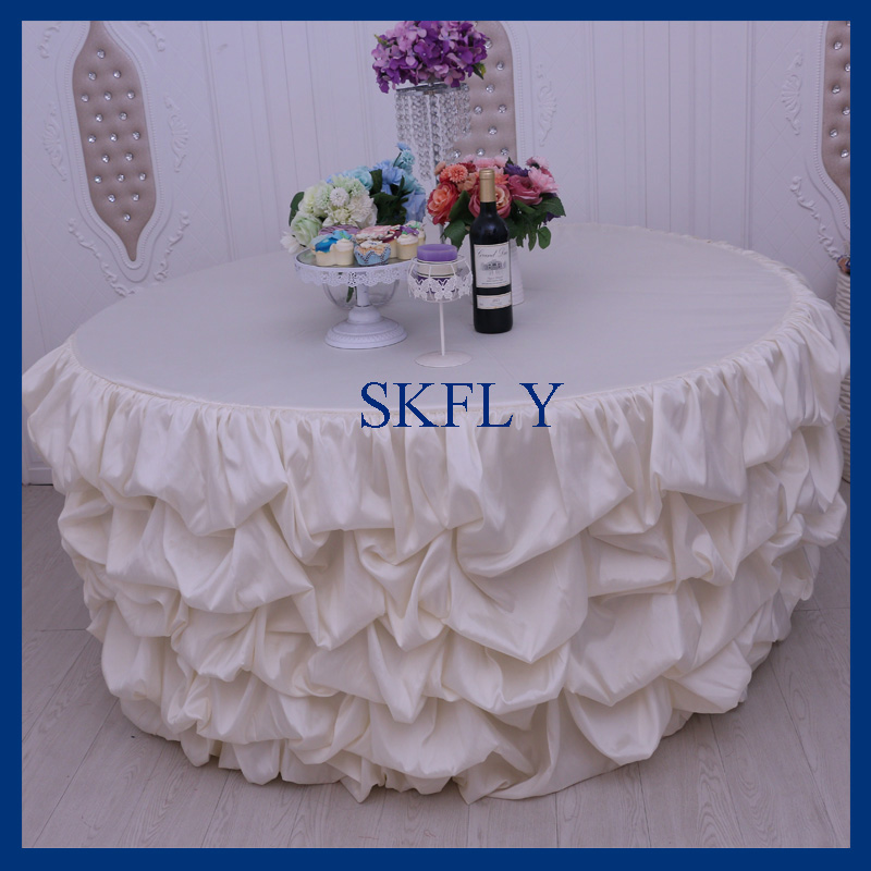 CL015A Beautiful ruffled gathered 5ft round drop 30 wedding light cream table cloth with topCL015A Beautiful ruffled gathered 5ft round drop 30 wedding light cream table cloth with top