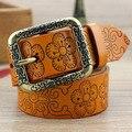 Das mulheres pulseira de couro genuíno cinto pin fivela de couro esculpida cinto feminino cópia do vintage moda cinto todo jogo cinto largo