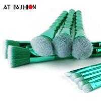 Professional Makeup Brush Set 10pcs High Quality Bamboo Handle Makeup Brushes Cosmetic Tools Kit New Arrival