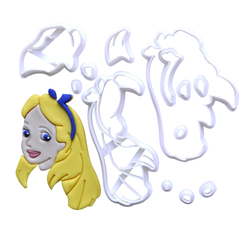 Movie Character 109 Cookie Cutter Set