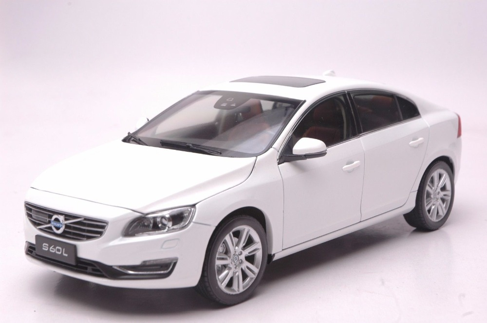 1:18 Diecast Model for Volvo S60L T5 2015 White Alloy Toy Car Collection S60 premiumx 1 43 yuan bao 1968 volvo 164 rich 164 alloy models prd247