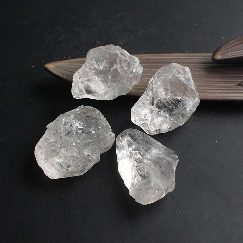 2-5cm 50gNatural mineralny biały kryształ kwarcowy kamień żetony okaz uzdrowienie kolekcja naturalny kryształ kryształowa ryba zbiornik DX