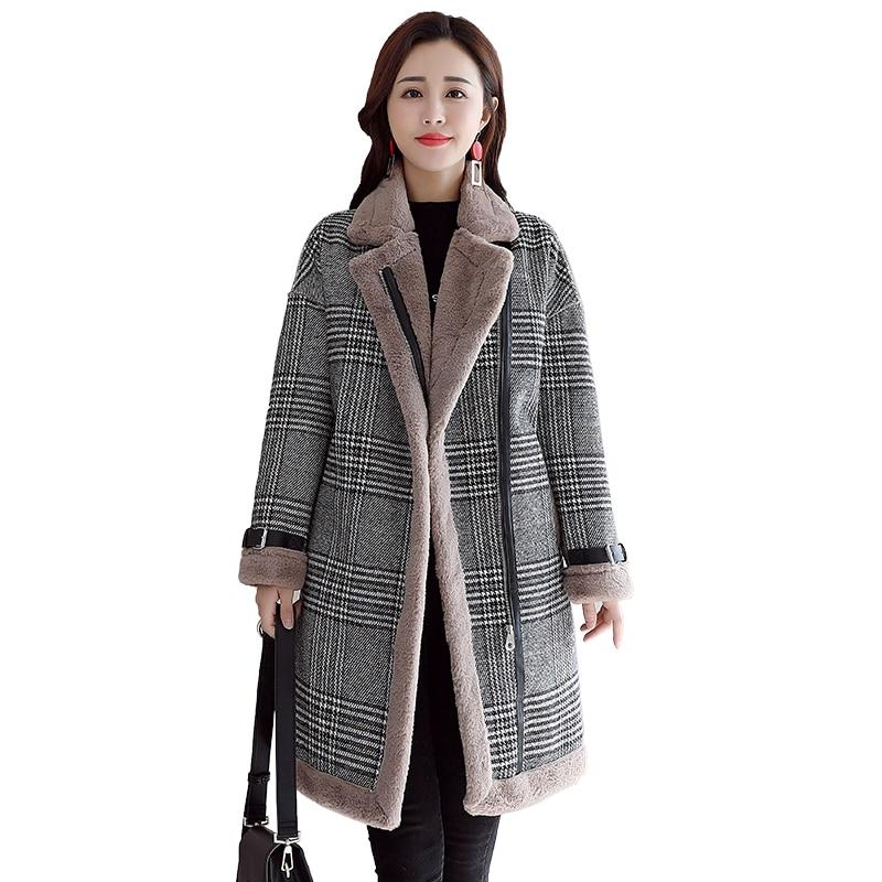 2019 New loose long section Plus Velvet Padded Plaid Coat Winter fashion Warm Chic Lamb Plush Jacket Women   Parkas