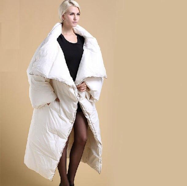 ad81dd21c482 Mujeres más ropa de invierno de gran tamaño x-long edredón de pato Abrigos  de plumas abrigo cálido espesamiento parka 2017 mangas extraíbles negro  Blanco
