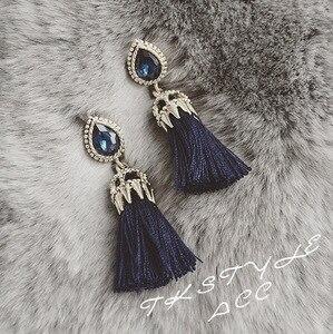 Корейская версия гладкий новый темно-синий кристалл мозаика женские модели кисточкой серьги ювелирные изделия