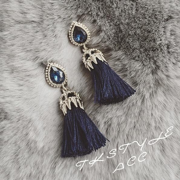 Versión coreana de los elegantes modelos de mosaico de cristal azul marino nuevos Modelos femeninos Pendientes de borla Pendientes Joyas