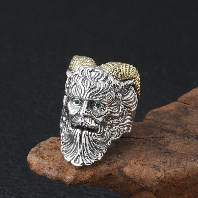 En gros S925 en argent Sterling rétro Thai bague en argent bijoux prêtre Paine dominateur tendance personnalité ouverte bague pour hommes