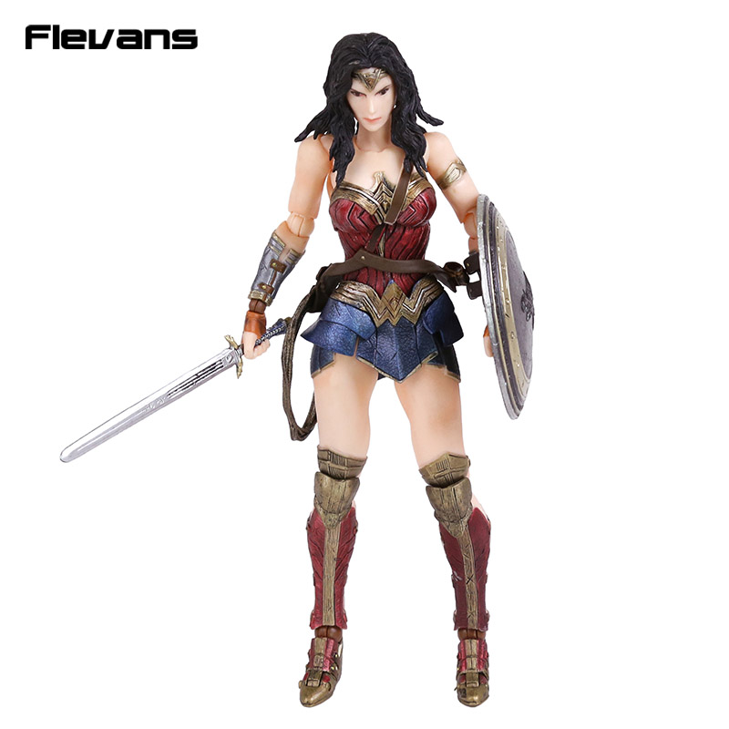 Play Arts KAI Batman v Superman Dawn of Justice No.4 Wonder Woman PVC Action Figure Collectible Model Toy 26cm gogues gallery two face batman figure batman play arts kai play art kai pvc action figure bat man bruce wayne 26cm doll toy