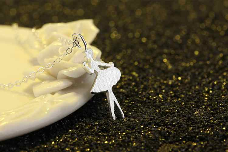 ร้อนขายแฟชั่นระบำสาวหญิงเงิน925 ladies 'pendantสร้อยคอเครื่องประดับห่วงโซ่การเชื่อมโยงสั้นขายส่งของขวัญ