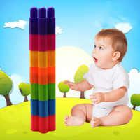 Los niños montan pequeñas partículas combinación juguetes jardín de infantes de escritorio DIY hechizo insertado bloques de plástico bloques