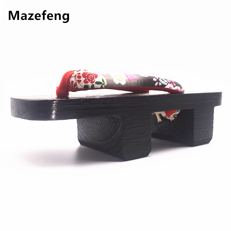 New Summer Flip-flops Men Geta Clogs Solid Heel Flip-flops Men sandals Japanese Geta Clogs Wooden Men Slippers cosplay shoes 241 geta