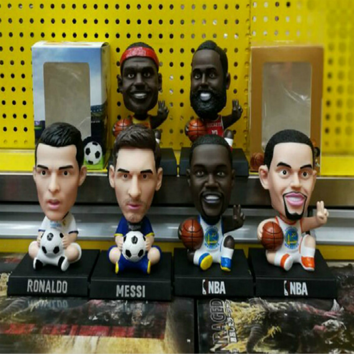 13cm Football/Basketball Stars Ronaldo Messi Curry James Cute Bobble Head Dolls PVC Action Figure Model Toys Car Decoration Gift soccerwe dolls figurine football stars 17 18 7 c ronaldo movable joints resin model toy action figure dolls collectible gift