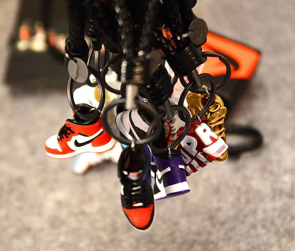 Dropshipping Personality DIY  Generation  Stereo 3D Sneaker Model Keychain Bag Pendant Couple Keychain