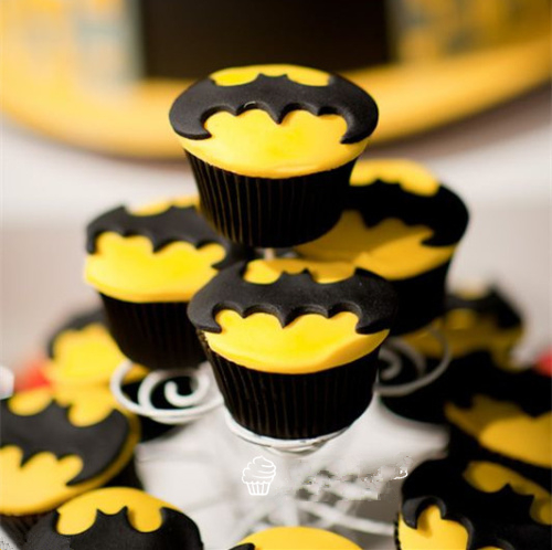1SET-Cookie-Cutter-Super-Hero-Batman-Superman-Sugarcraft-Fondant-Cake-Decoration-Mold-Kitchen-Baking-Pastry-Baking (2)