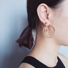 The New Arrival Tin Alloy Geometric Women New Spring And Summer 2017 Hollow Swing Ring Geometry Design Simple Circle Earrings(China)